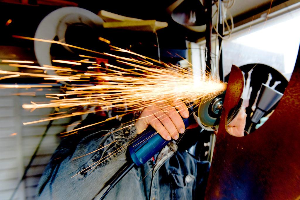 Pete Moorhouse grinding